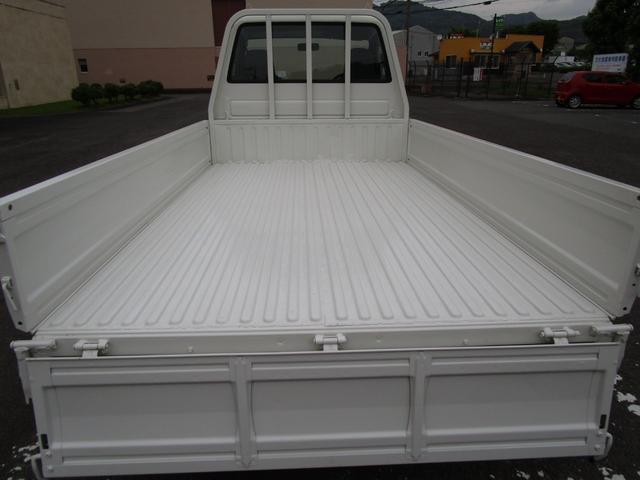 1トン平ボディースーパーシングルジャストロー ・内外装クリーニング仕上げ・ワンオーナー車・運転席エアバック(8枚目)
