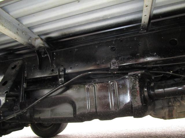 1トン平ボディースーパーシングルジャストロー ・内外装クリーニング仕上げ・ワンオーナー車・運転席エアバック(19枚目)