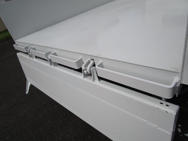 3トン積4ナンバー高床ダンプ ・内外装クリーニング仕上げ・ワンオーナー車・3トン積4ナンバー車・ブリッジフック・リアゲートロックピン・HSA・左側電動格納ミラー(12枚目)