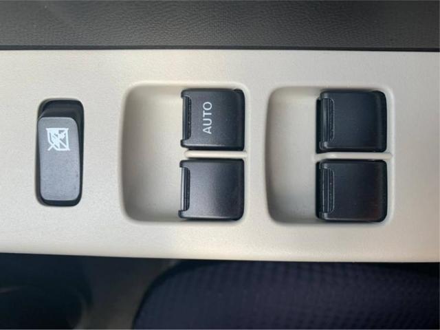 L EBD付ABS/横滑り防止装置/アイドリングストップ/エアバッグ 運転席/エアバッグ 助手席/パワーウインドウ/キーレスエントリー/シートヒーター 前席/パワーステアリング/マニュアルエアコン(15枚目)