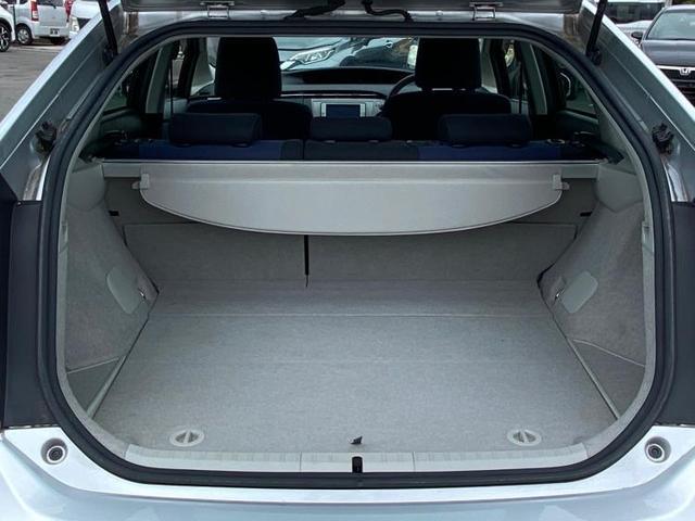 S 純正 7インチ メモリーナビ/ETC/EBD付ABS/横滑り防止装置/アイドリングストップ/TV/エアバッグ 運転席/エアバッグ 助手席/エアバッグ サイド/パワーウインドウ/キーレスエントリー(8枚目)