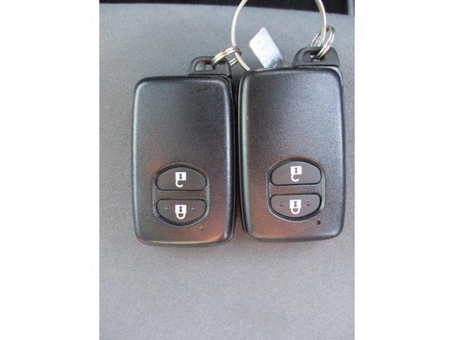 S ワンオーナー/禁煙車/社外ナビ/フルセグTV/バックカメラ/ETC/CD再生/Bluetooth接続/純正AW16インチ(12枚目)