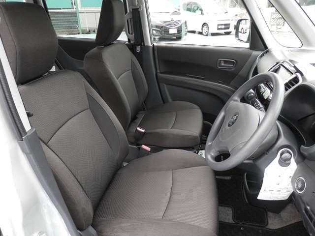 【シート】長時間の運転でも疲れの来ないシート!一度座ってみて下さい!