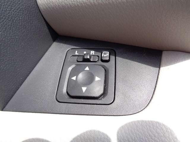 G ナビゲーション・スマートキー Bカメラ ベンチシート ナビTV キーフリー ABS 横滑り防止装置 盗難防止システム オートエアコン ワンセグ スマートキー付き メモリーナビ付 I-STOP(18枚目)
