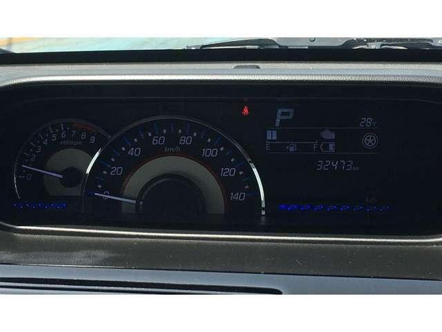 ハイブリッドX 全方位モニター・衝突被害軽減B・ETC ナビ付 Bカメ 運転席シートヒーター AW スマートキープッシュスタート ETC ベンチS エアコン ABS キーレス フルフラット 記録簿 ESP付 1オナ(15枚目)