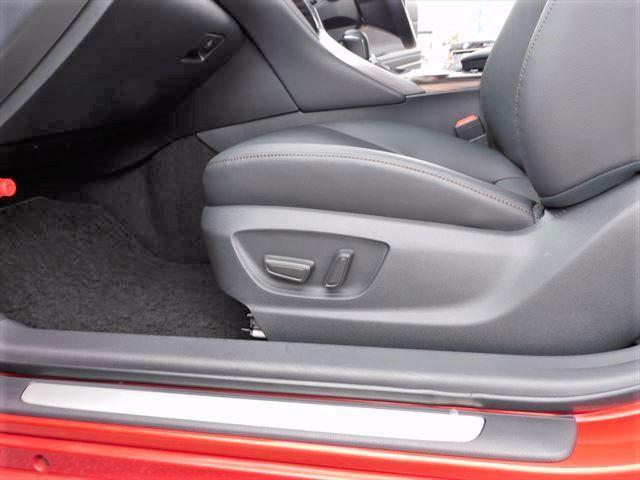Gレザーパッケージ ハイブリッド メーカーオプションナビ フルセグTV CD DVD バックカメラ TSS PCS LDA RCC AHB HUD LEDオートライト 黒革シート 前席シートヒーター パワーシート(44枚目)