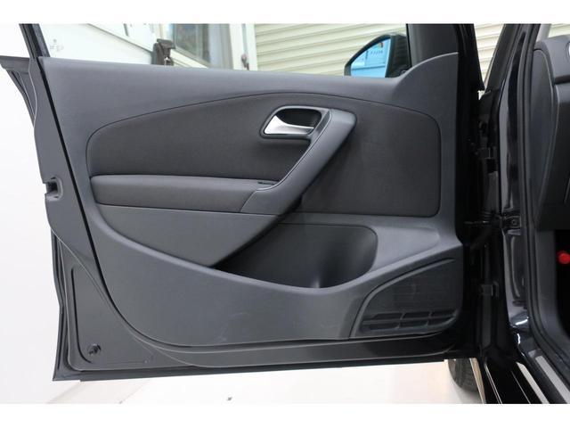 「フォルクスワーゲン」「VW ポロ」「コンパクトカー」「福岡県」の中古車68