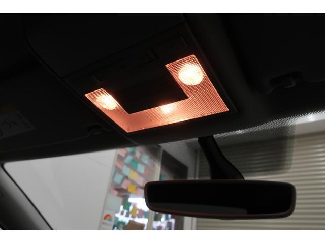 TSIコンフォートライン マイスター LEDヘッドライト/純正ナビTV/バックカメラ/リアフィルム済/オートエアコンETC2.0/USB/15インチアルミ/点検記録簿(17枚目)
