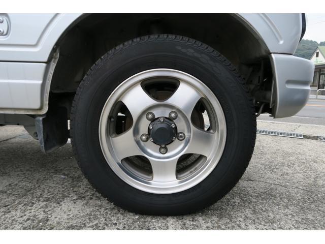 XLリミテッド 4WD マニュアル5速 背面タイヤ(11枚目)