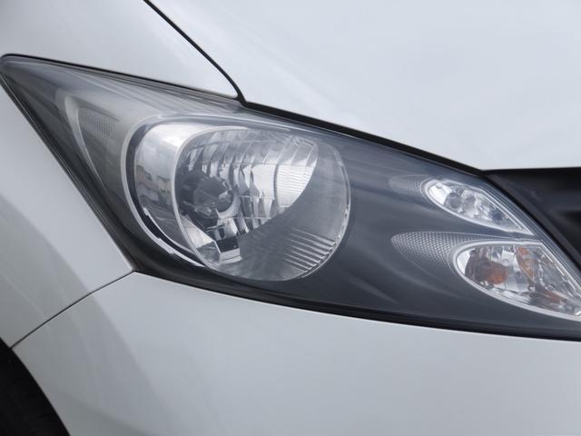 HIDヘッドライトは、以前のライトと比べて非常に明るく消費電力もエコなライトです♪