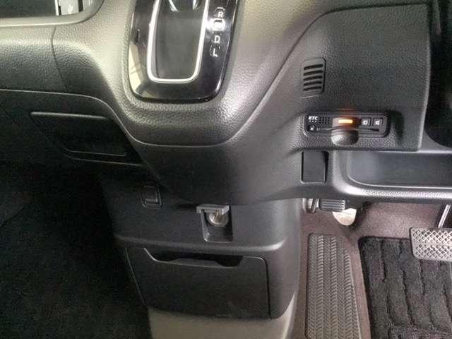 G・Lホンダセンシング ホンダ純正メモリーナビ フルセグTV LEDヘッドランプ ESC ベンチシート クルーズコントロール 盗難防止 アイドリングS ETC車載器 AC AW ABS パワステ(13枚目)
