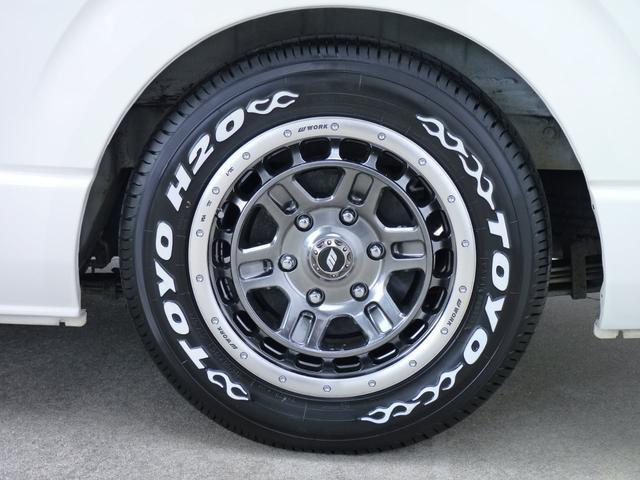 足元はWORKクラッグティーグラビックIIグリミットブラックカットリム16インチを装着!タイヤはトーヨーH20ですので車検はこのままでOKです!