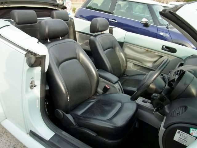 フォルクスワーゲン VW ニュービートルカブリオレ ベースグレード 電動オープン