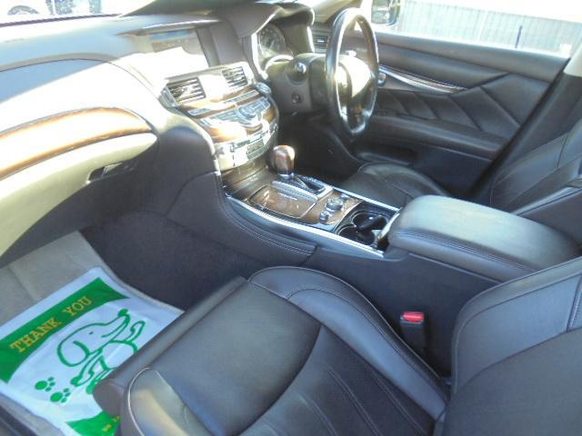 日産 フーガ 370GT・インフィニ仕様・純HDD・黒革PW・オットマン