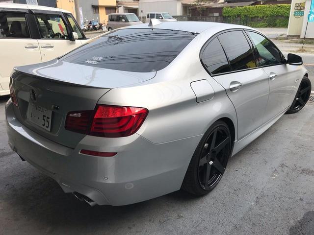 タイヤサイズ 245/35R20