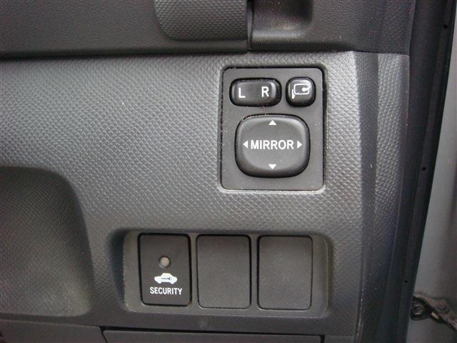 トヨタ ラクティス X Lパッケージ CD HID キーレス 基本装備