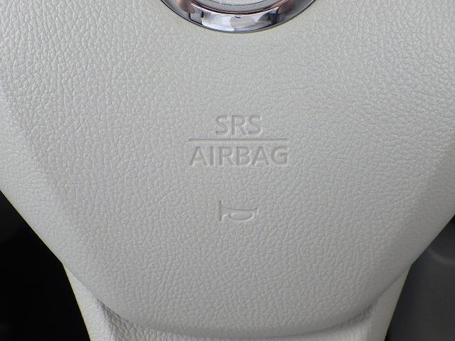 S ヘッドランプ種類アイドリングストップパワーウインドウキーレスエントリーマニュアルエアコンフロントシート形状ベンチシート2列目シート形状分割可倒パワーステアリングエアバッグ(10枚目)
