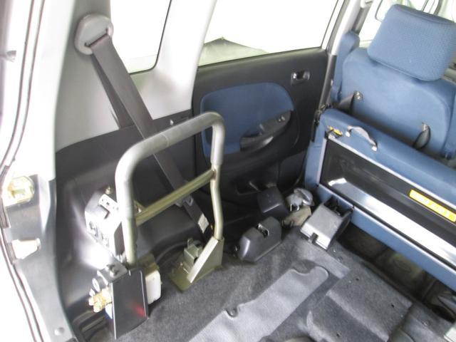 スロープ・助手席リフトアップ4人 乗全国対応1年間無料保証(12枚目)