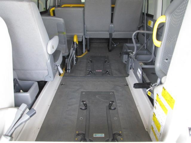 リフタータイプ車椅子2基積 10人乗り 全国1年無料保証(13枚目)