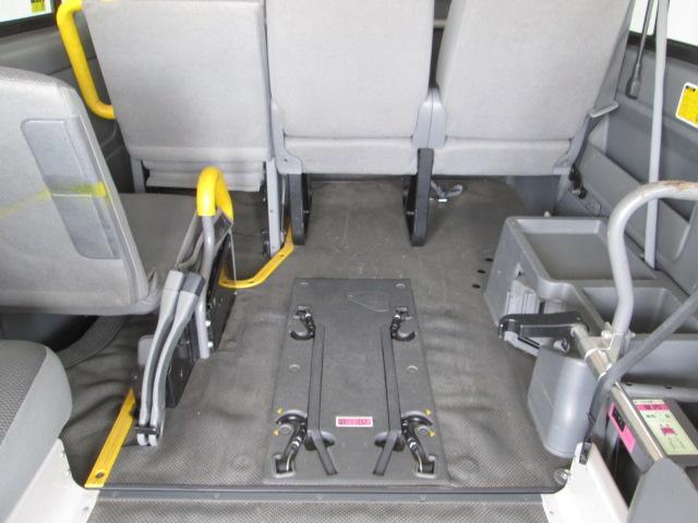 リフタータイプ車椅子2基積 10人乗り 全国1年無料保証(14枚目)