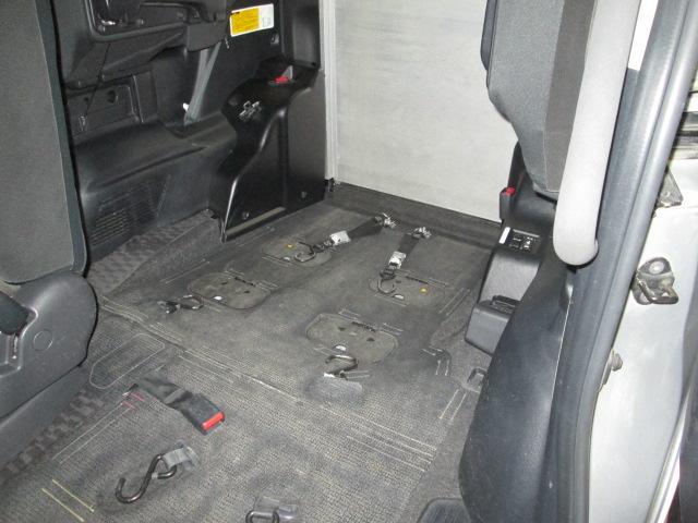 4WD スロープタイプ2基積 7人乗り 全国無料1年保証(12枚目)