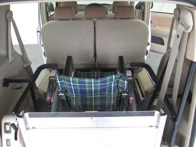 スロープタイプ車椅子1基積6人乗り全国無料一年保証(12枚目)