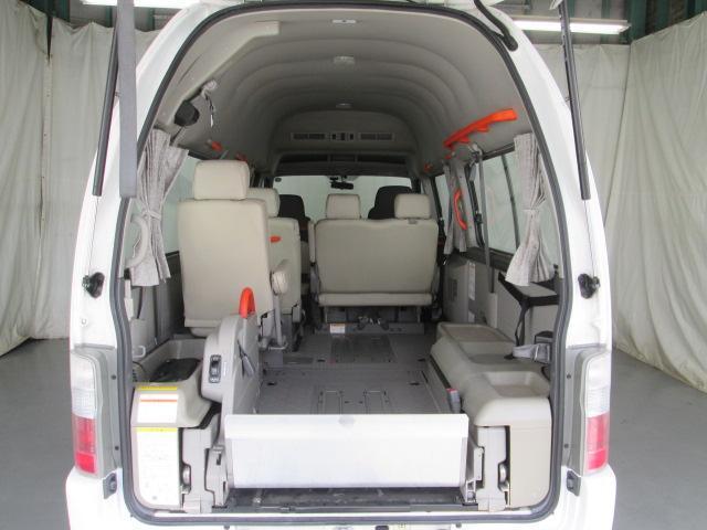 リフタータイプ車イス2基積10人乗 福祉車両 1年保証(5枚目)