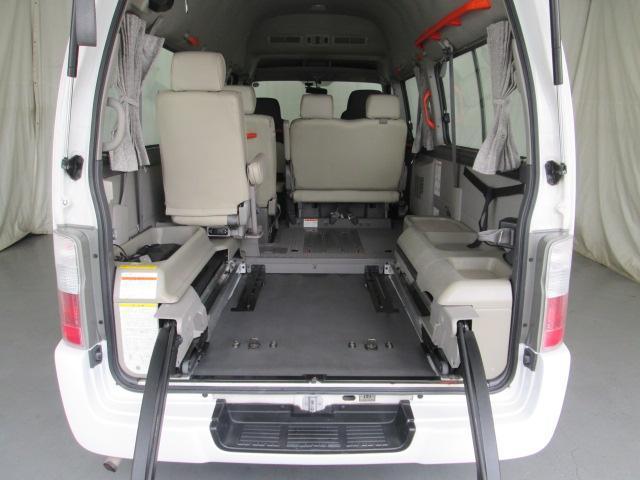 リフタータイプ車イス2基積10人乗 福祉車両 1年保証(7枚目)