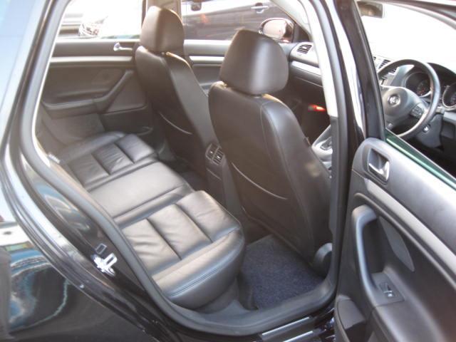 フォルクスワーゲン VW ゴルフヴァリアント 2.0TSI スポーツライン