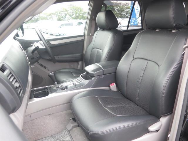 トヨタ ハイラックスサーフ SSRX HDDナビ 純正16AW HID 新品タイヤ 2駆