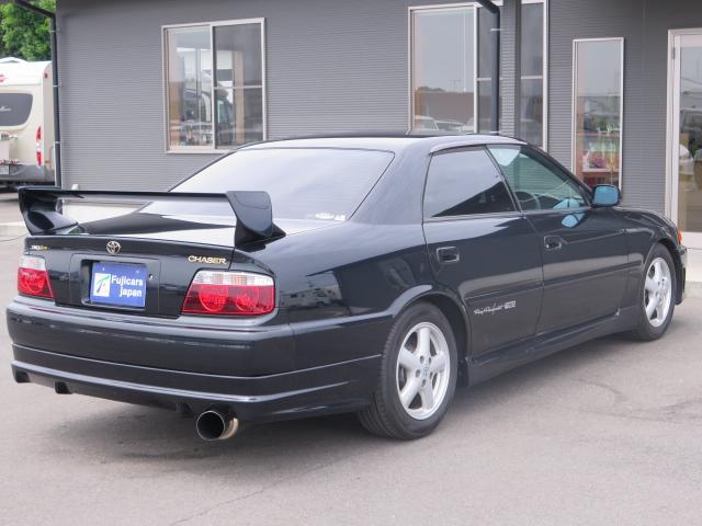 平成11年式トヨタのチェイサー・ツアラーVTRDスポーツ入庫致しました!!ボディカラーは人気のダークグリーンになります☆カスタムも承りますのでお気軽にご相談ください。