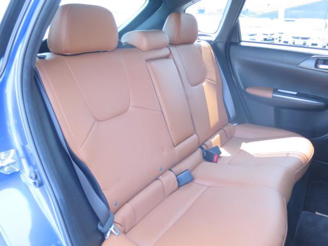 車内はクリーニング済みです♪清潔なお車はお子様にも安心ですね♪中古車がキレイなのは当たり前の時代です♪