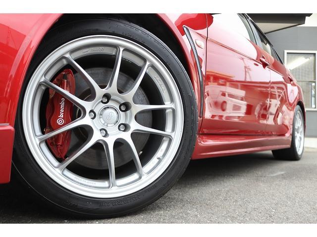 GSRエボリューションX HKS車高調 HKSマフラー エンケイ18AW サンルーフ レカロシート リアスポイラー ブレンボキャリパー スマートキー HIDヘッドライト ETC 4WD 5速ミッション(8枚目)