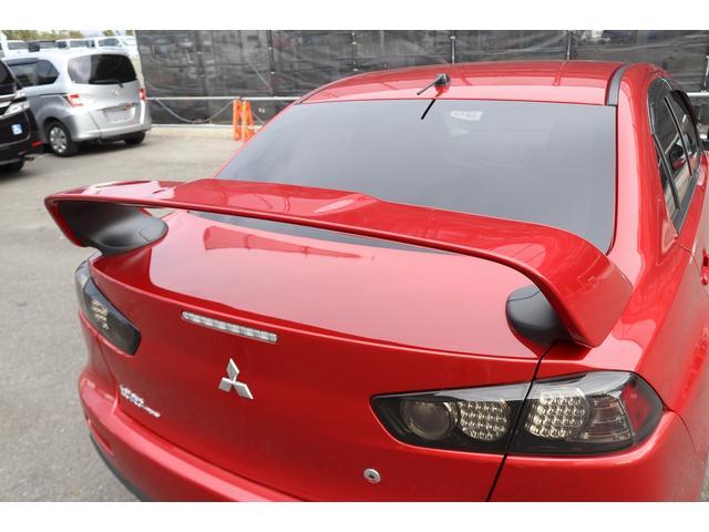 GSRエボリューションX HKS車高調 HKSマフラー エンケイ18AW サンルーフ レカロシート リアスポイラー ブレンボキャリパー スマートキー HIDヘッドライト ETC 4WD 5速ミッション(33枚目)