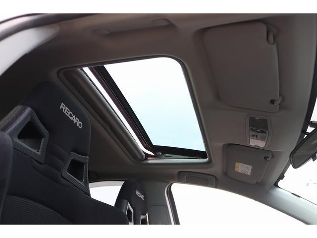 GSRエボリューションX HKS車高調 HKSマフラー エンケイ18AW サンルーフ レカロシート リアスポイラー ブレンボキャリパー スマートキー HIDヘッドライト ETC 4WD 5速ミッション(56枚目)