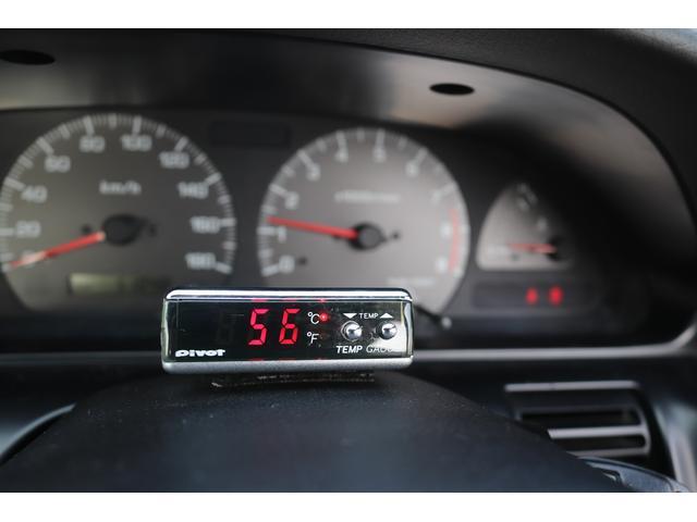 タイプX HKSマフラー HKS車高調 スパルコ製フルバケ PITTURAステアリング Pivotファンコントローラー 社外17インチアルミホイール(15枚目)