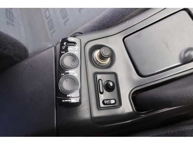 タイプX 社外エアロ BLITZターボタイマー BLITZインタークーラー BLITZエアクリ BLITZブローオフバルブ カーボンボンネット F・Rタワーバー 追加メーター 社外マフラー 社外16AW ナビ(50枚目)