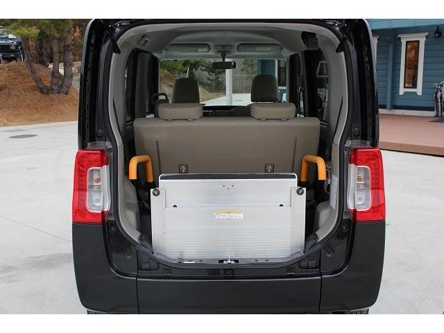 福祉車両 スロープ 車椅子1台 電動ウィンチ 車いす固定装置(14枚目)