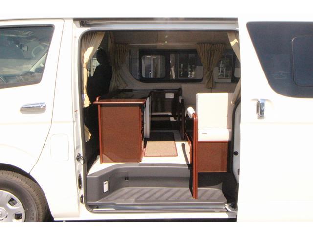 トヨタ ハイエースバン FOCS DSコンパクト 冷蔵庫 外部電源 リアクーラー