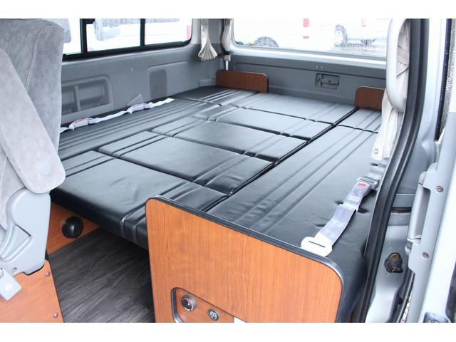 トヨタ ハイエースワゴン オリジナル キャンピング FFヒーター ソーラー 冷蔵庫