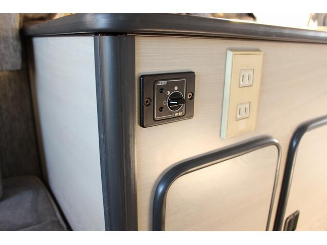トヨタ コースター オリジナル FFヒーター インバーター2000W 冷蔵庫