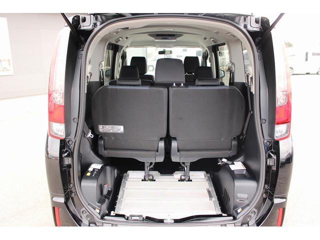 トヨタ ノア 福祉車両 スロープ 車椅子1基 ニールダウン LED