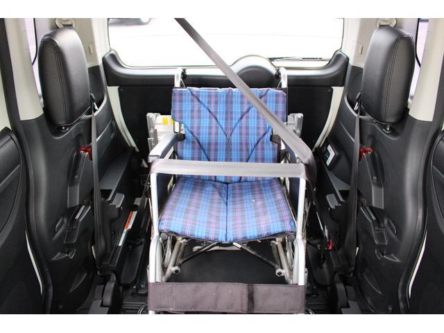 福祉車両 スロープ 車椅子1基 電動ウインチ ナビ HID(9枚目)