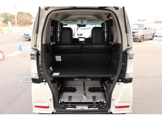 福祉車両 スロープ 車椅子1基 電動ウインチ ナビ HID(12枚目)