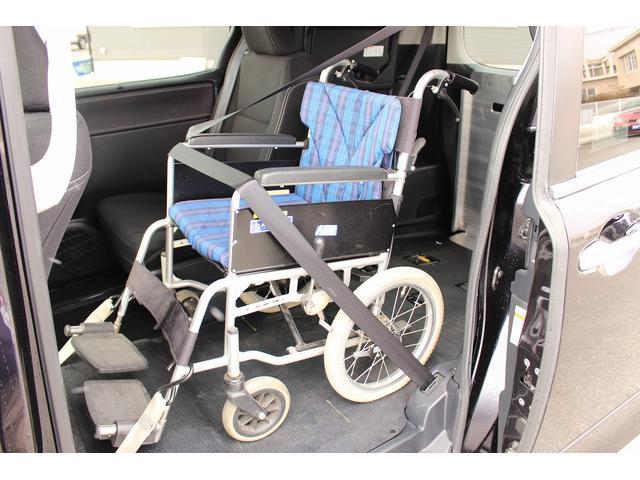 福祉車両 スロープ 車椅子1基 ニールダウン 電動固定 ナビ(7枚目)