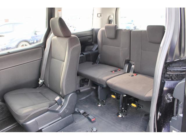 福祉車両 スロープ 車椅子1基 ニールダウン 電動固定 ナビ(17枚目)