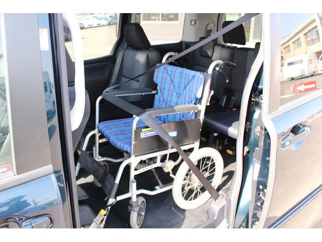 トヨタ ヴォクシー 福祉車両ZS スロープ 電動ウィンチ 両側パワースライドドア