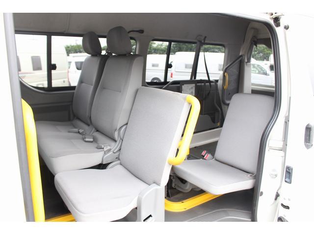 トヨタ レジアスエースバン H18 福祉車両 リアリフト タイヤ新品 車いす2基