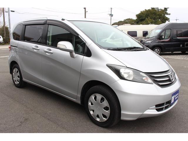 仕様・装備にこだわり、日本全国より厳選した車両を展示しています。九州地区全域に出張買取りも出ておりますので、お車のことならなんでもご相談下さい。