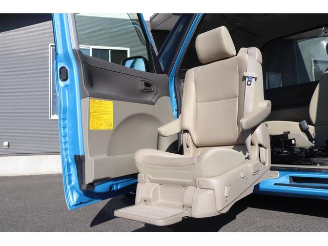 フレンドシップ ウェルカムシート 助手席リフトアップシート 4人乗り 4WD HDDナビ バックモニター 左側電動スライドドア ワンオーナー ウェルカムシート フレンドシップ 社外AW キーレス フル装備(3枚目)